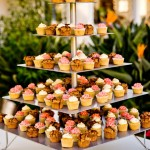 Cupcake-Stand-with-Cupcakes